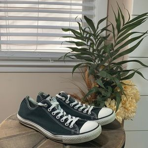 Men's Converse all star sneakers size 11.5